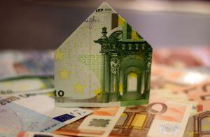 Pour bénéficier de l'exonération de plus-value sur la vente d'une résidence principale, il faut vérifier si toutes les conditions requises sont bien remplies