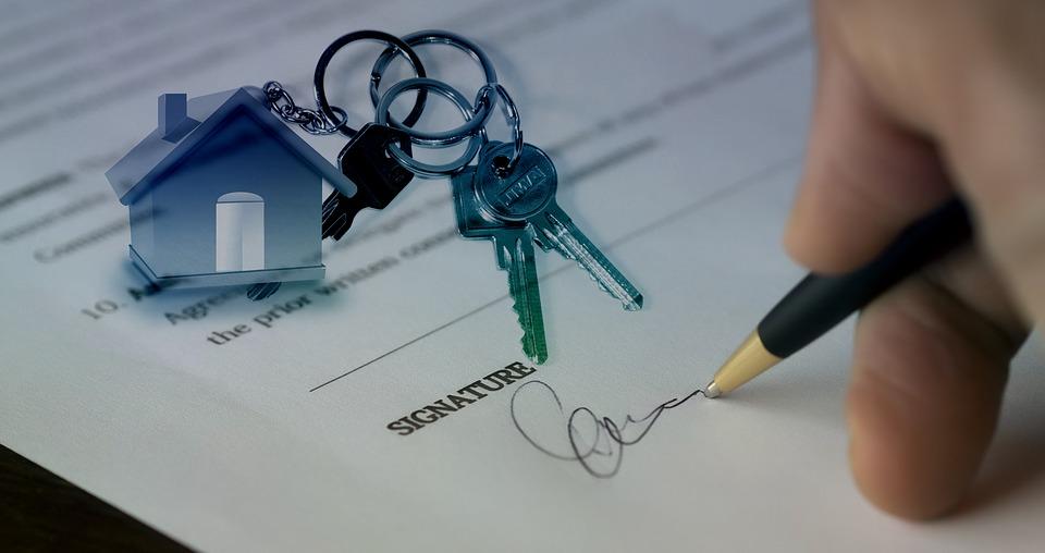 L'exonération de la plus-value immobilière est applicable lors de la vente d'une résidence principale, mais aussi dans d'autres cas comme un hébergement en maison de retraite