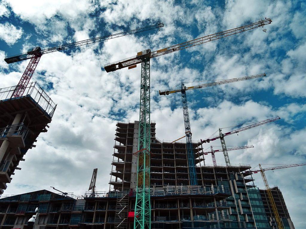 La Cour des Comptes dénonce les niches fiscales de la politique du logement, responsables de 18 milliards de gabegie.