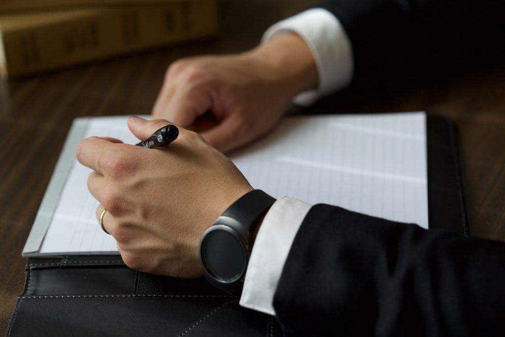 Depuis le 1er janvier 2019 tous les comptes bancaires, même inactifs ou clos, détenus à l'étranger par un résident fiscal français doivent être déclarés.