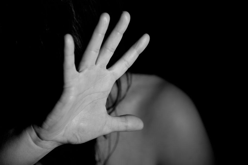 Les condamnés pour violences conjugales pourront se voir privés de leur droit à pension de réversion